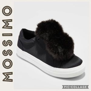 Mossimo •Abbie Slip-On Sneakers with pompoms • 8.5